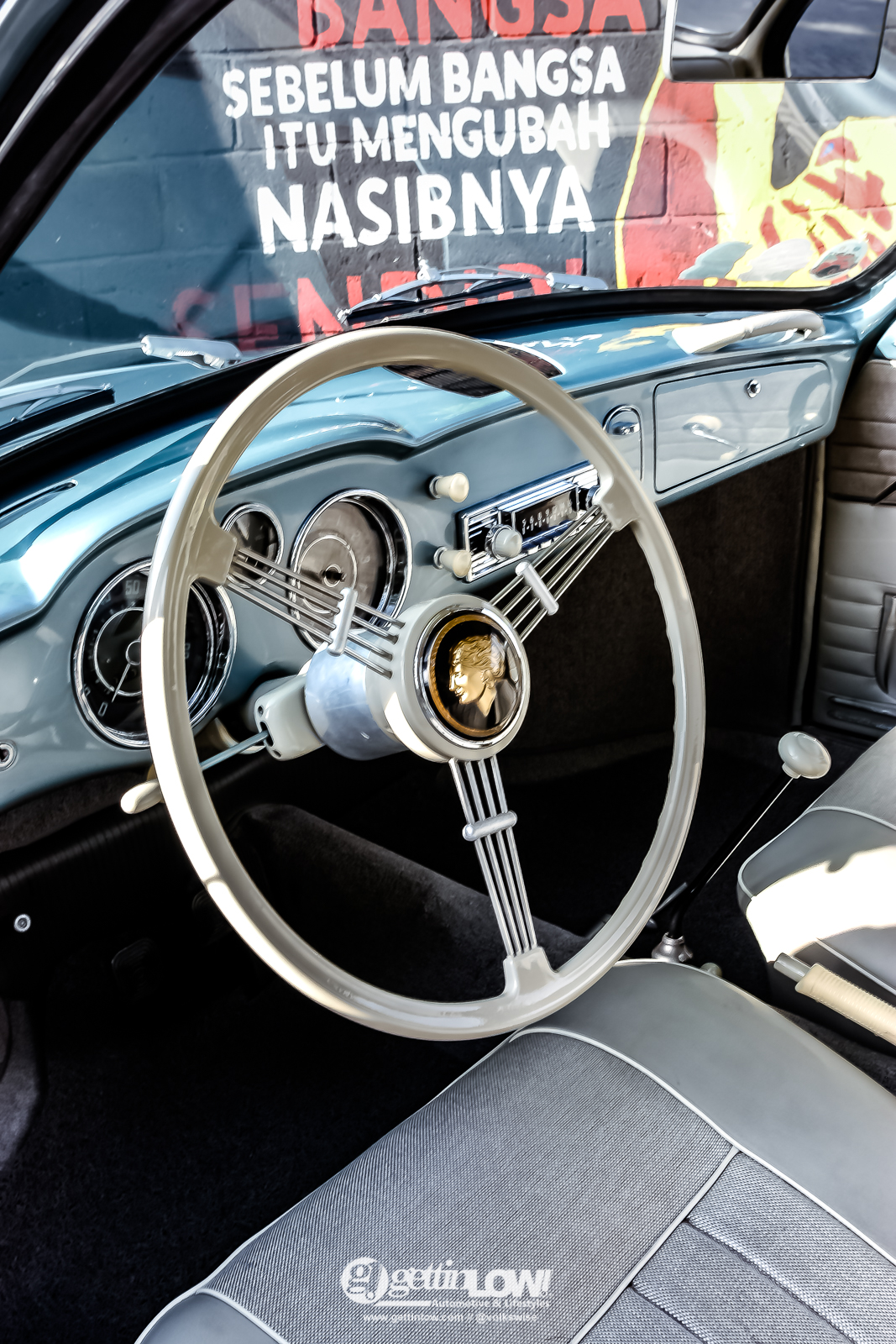 KarmannGhia_lowlight_1959-21