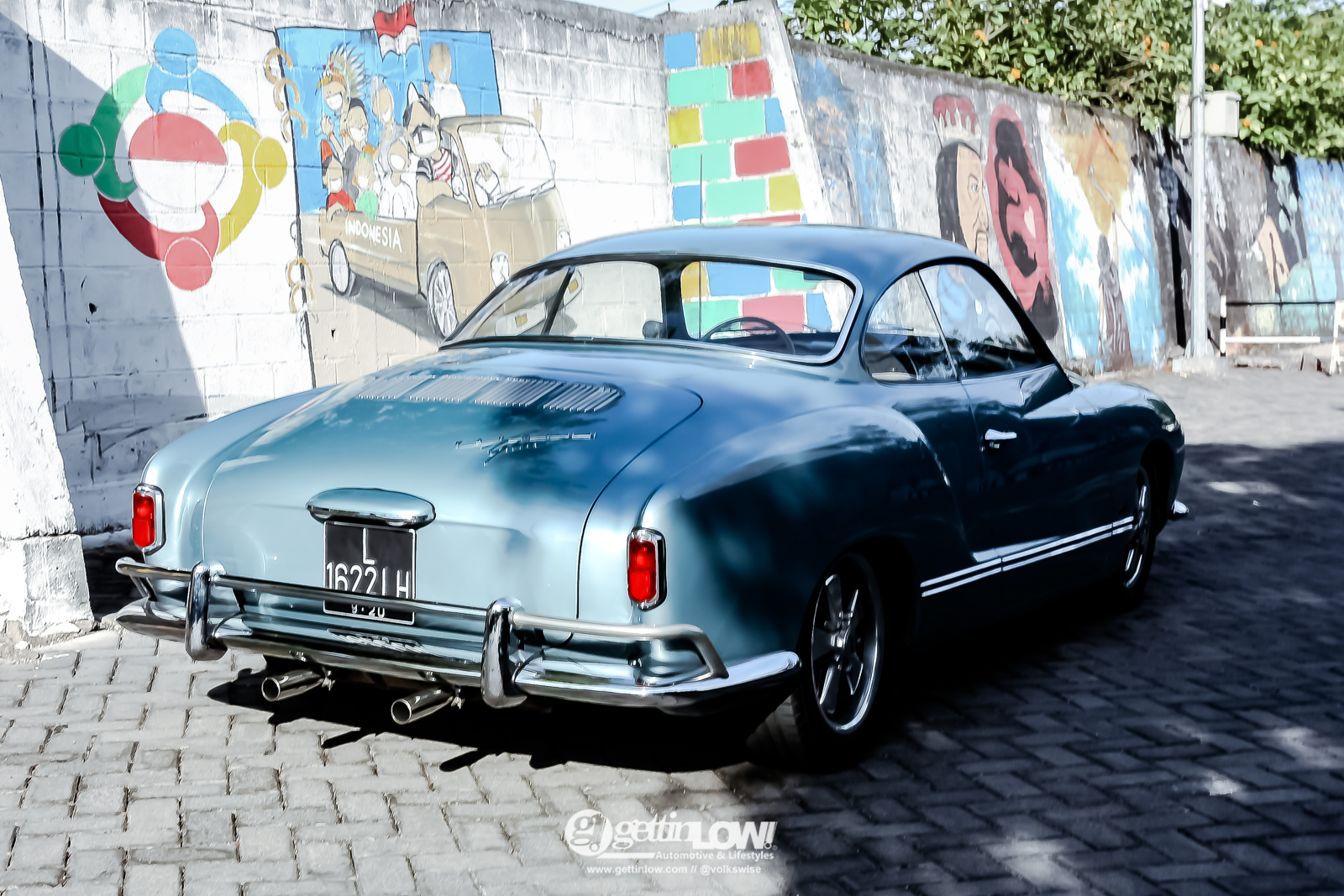KarmannGhia_lowlight_1959-10