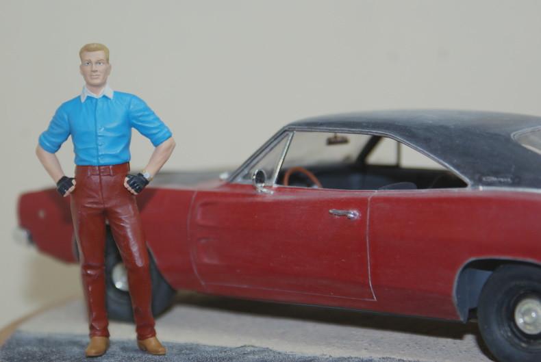 """Vignette """"Tintin aux USA"""" [Dodge Charger R/T 68 Revell 1/25 et Stan Master Box 1/24] 49324163833_d3d8838e37_c"""
