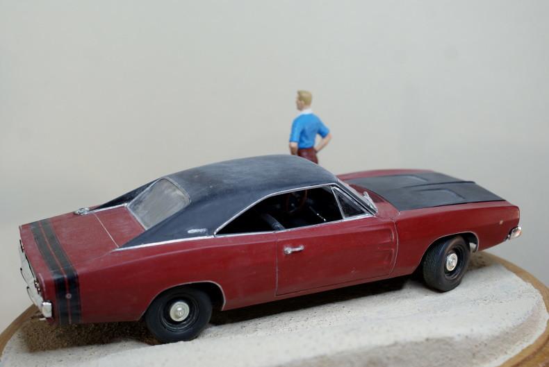 "Vignette ""Tintin aux USA"" [Dodge Charger R/T 68 Revell 1/25 et Stan Master Box 1/24] 49324647981_c7f39d727e_c"