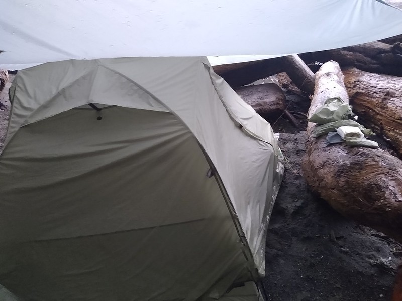 The tarp worked like a dream and our tent was dry underneath, so we could pack everything up