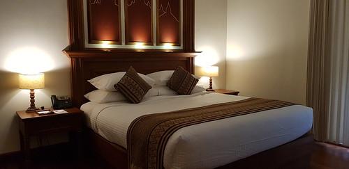 King Size Bett im Heritage Bagan Hotel