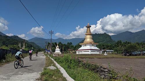 cycling fagu gorubathan hills monastery