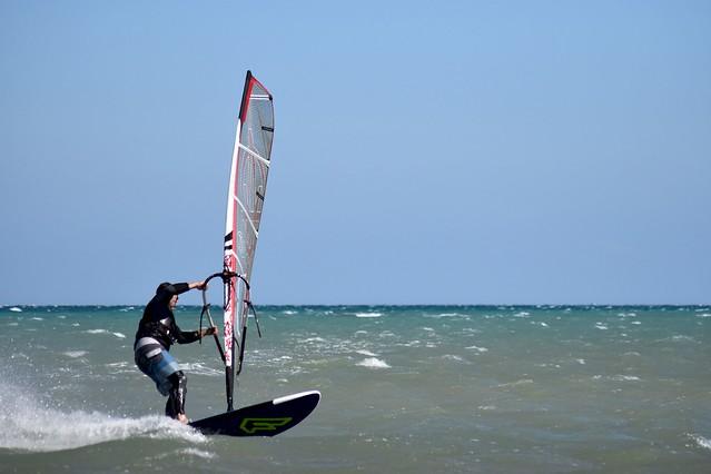 lirik riding his new sail