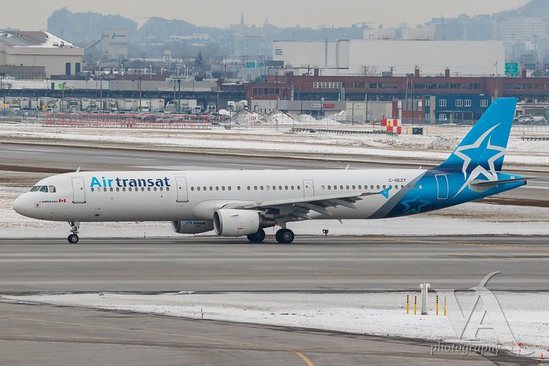 Air Transat A321-200 (C-GEZY).jpg