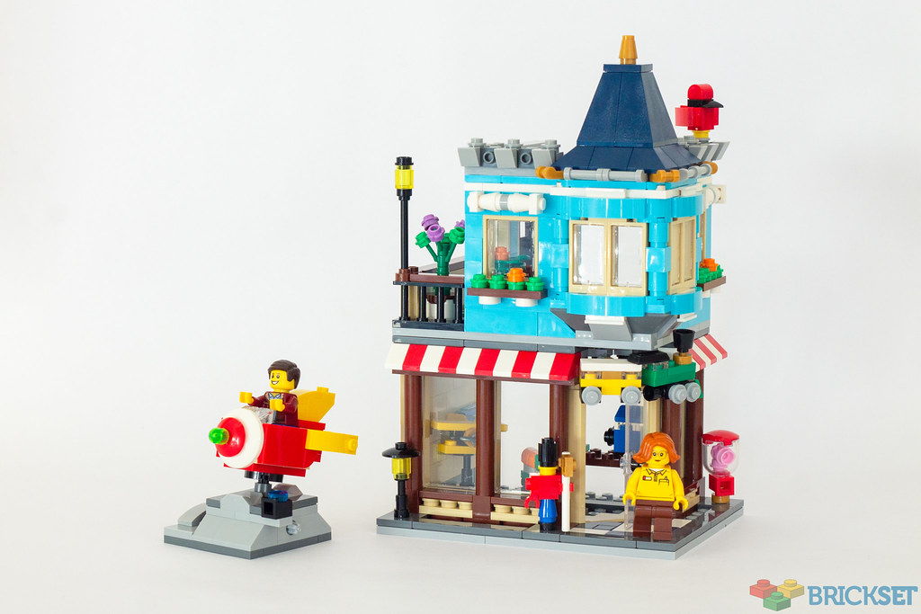 Lego Creator 31105 Townhouse Toy Store Review Brickset