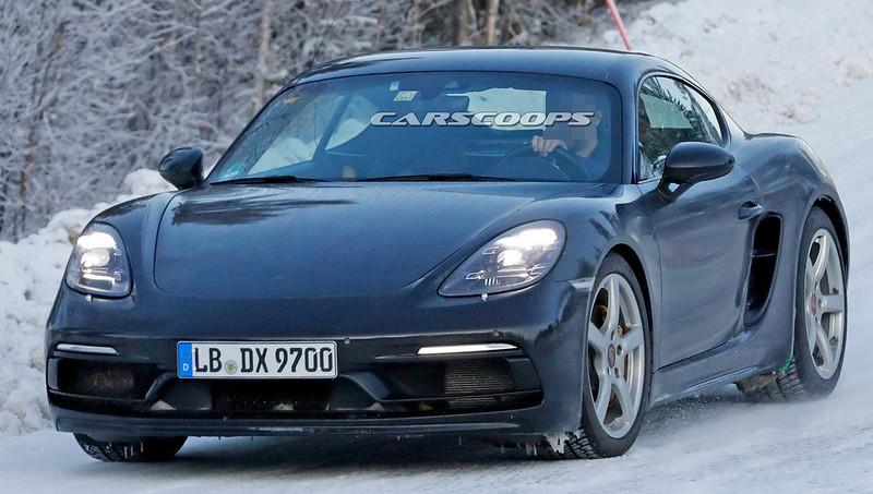 2021-Porsche-Cayman-GTS-4.0-13