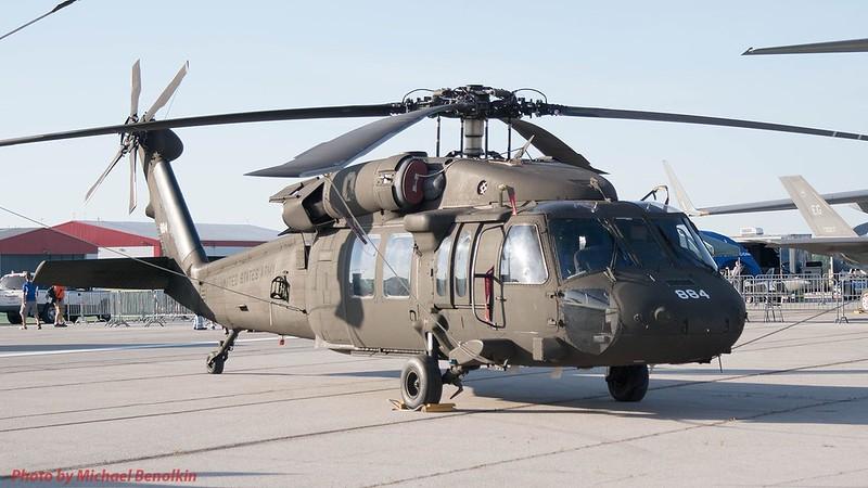 UH-60L Blackhawk 4