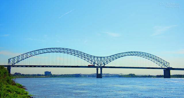 Hernando de Soto Bridge - Mississippi River - Memphis, Tennessee