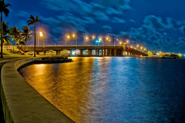 Lake Worth Avenue Bascule Bridge, Intracoastal Waterway (ICW) Mile Marker 1028.8, City of Lake Worth Beach, Florida, USA