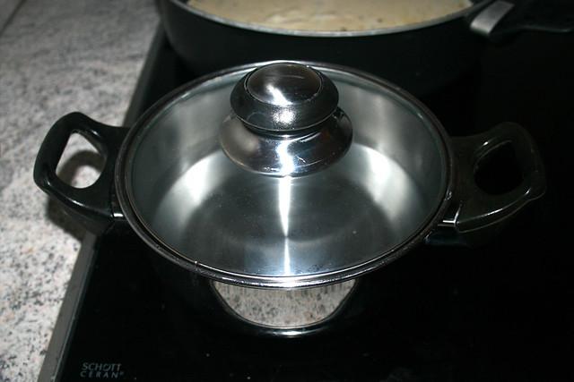44- Geschlossen erhitzen / Bring to a boil closed