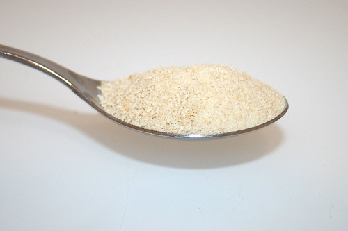 06 - Zutat Semmelbrösel / Ingredient breadcrumbs