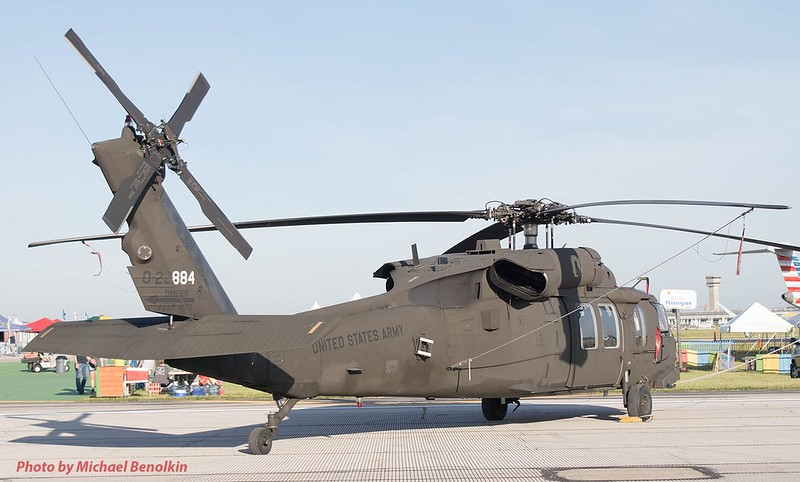 UH-60L Blackhawk 1