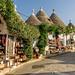 Toscaanse jasmijn bloeiend door het hele dorp, onvergetelijk