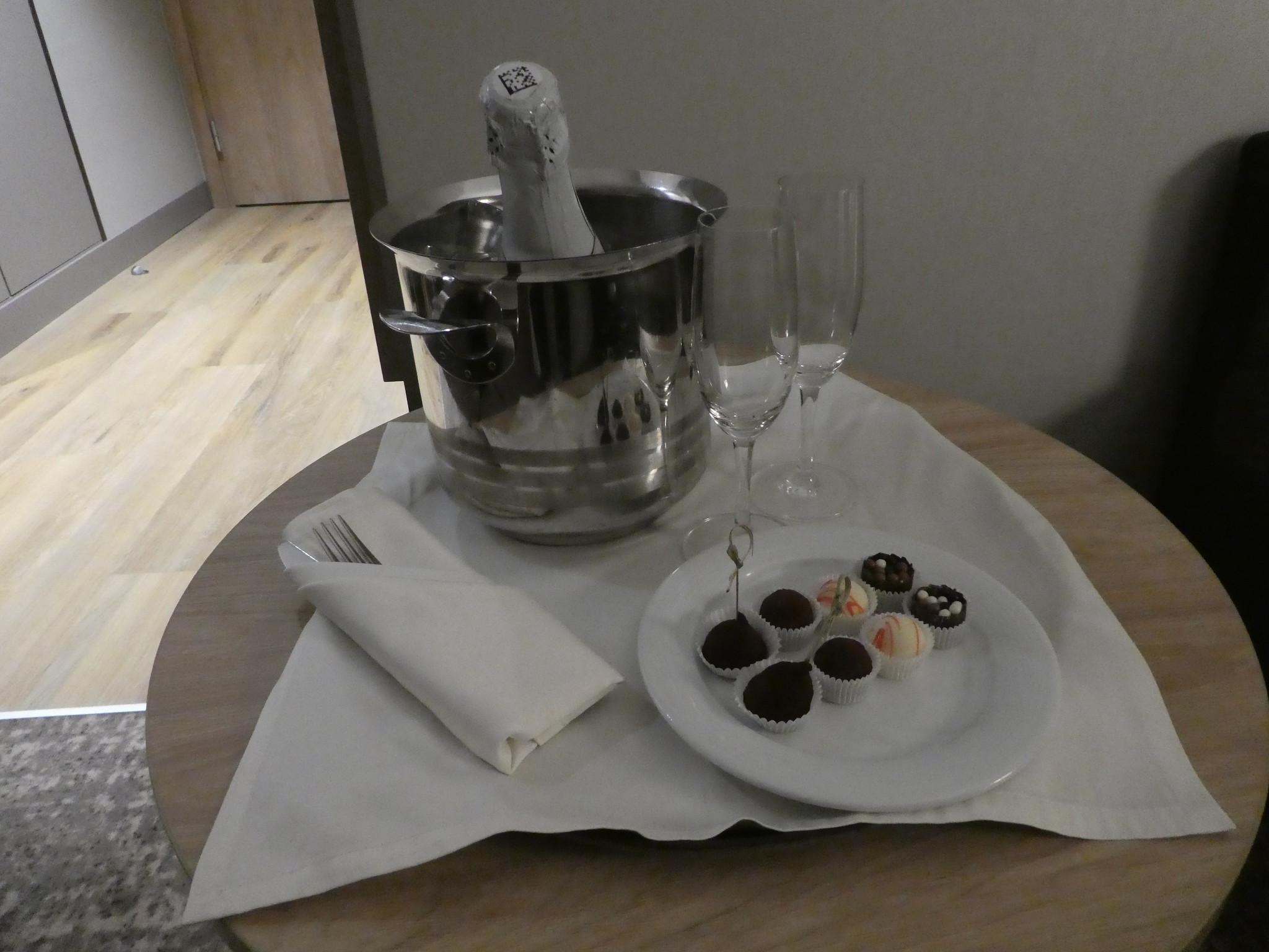 Room service, Holiday Inn Sokolniki, Moscow