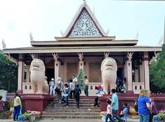 Wat Phnom Daun Penh, 10