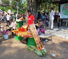 Wat Phnom Daun Penh, (3)