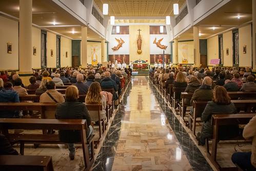 Visita Cruz Lampedusa parroquia Sta. María de la Amargura - 16