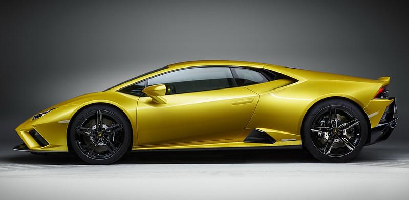 Lamborghini-Huracan-EVO-RWD-3
