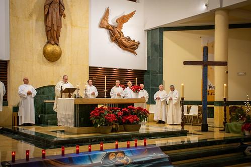 Visita Cruz Lampedusa parroquia Sta. María de la Amargura - 13