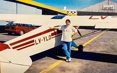 """""""Don Torcuato acá el Lima Victor Yankee Lima Delta incorporándose en inicial"""" y uno no escuchaba si habían respondido porque la radio era a batería y a veces se descargaba. Ese es un PA11 en la escuela de vuelo Aerodot en lo que era el aeropuerto de Don T"""