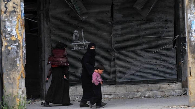 3260 Daughters in Aleppo ask fathers to kill them before being raped by armed forces 01