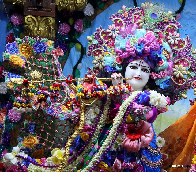ISKCON Juhu Sringar Deity Darshan on 5th Jan 2020