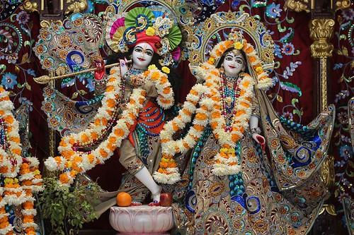 ISKCON Kanpur Deity Darshan 05 Jan 2020