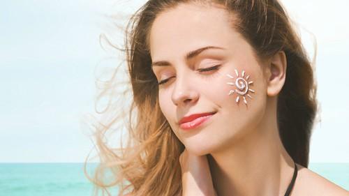 Kem chống nắng bảo vệ bạn tốt hơn