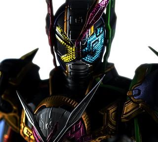 祝賀吧!集結三位騎士之力,創造未來的時之王者! S.H.Figuarts《假面騎士ZI-O》假面騎士ZI-O 三重形態 (仮面ライダージオウトリニティ)商品化