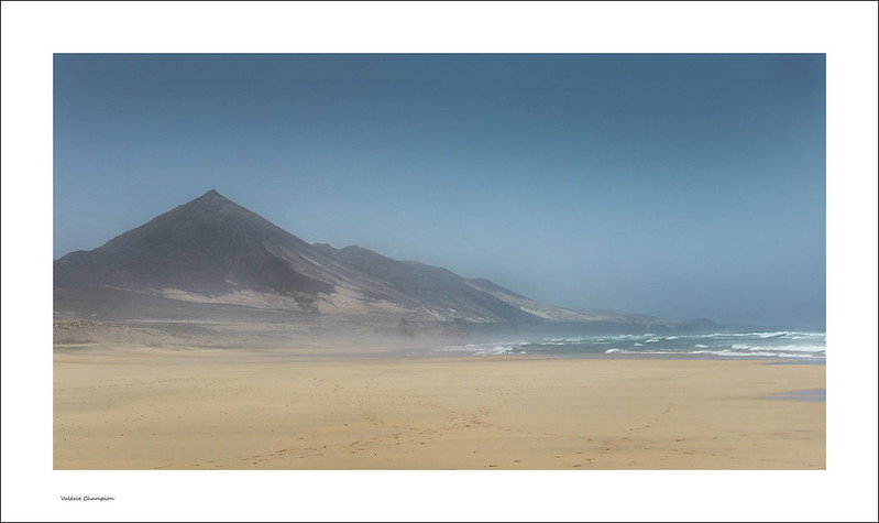V@lou  - Valérie Champion | Plage de Fuerteventura