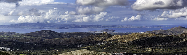 2802-4 Naxos, Paros and the Islands Beyond
