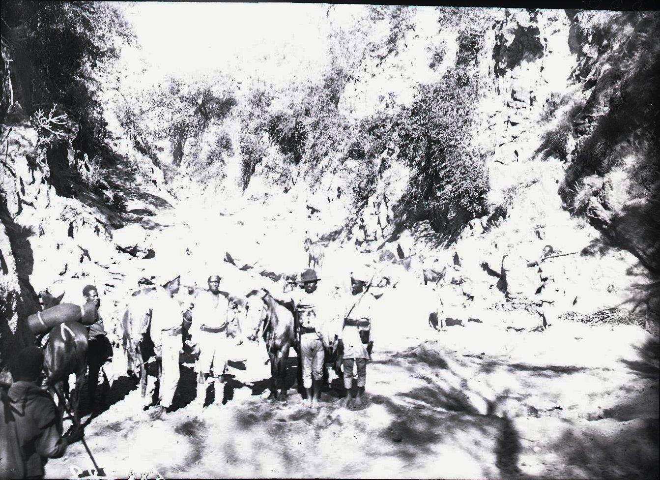 688. 1899. Кончаро. Аскеры
