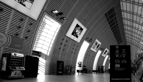 garetgvavignon provence architecturemoderne avignon gare tgv avignontgvstation modernarchitecture france southoffrance suddelafrance halldegare
