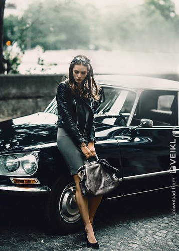 Citroen DS Girls & Cars Photo