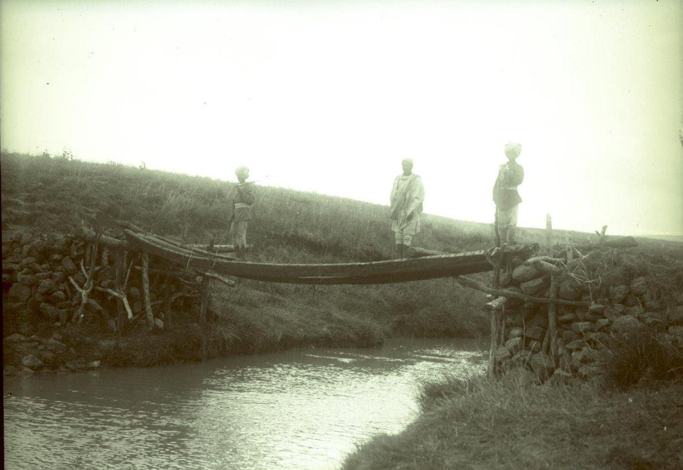 494. Мост