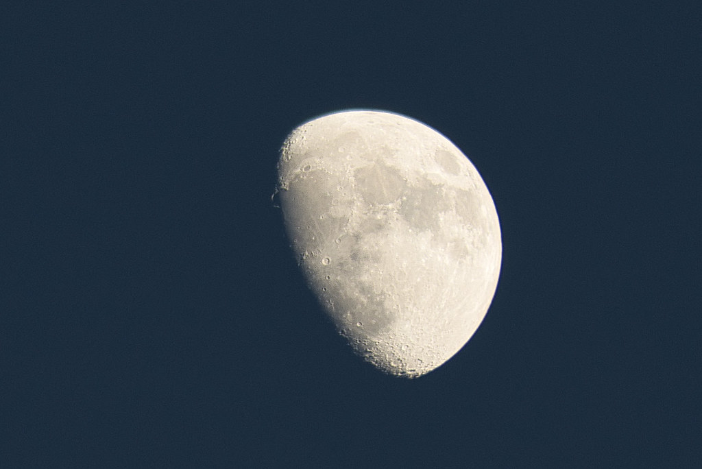 Crescent Moon Jan 5th 2020