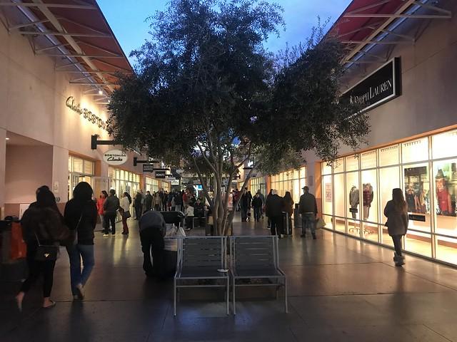 Las Vegas Premium Outlet,