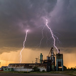 5. Jaanuar 2020 - 14:29 - One of my favorite lightning strikes from Ord, Nebraska on June 1st, 2018. This was the 'Tail End Charlie' storm that stayed discrete for a while after everything else had gone linear. The bolts it produced were incredible...ly close. If you want to see a time lapse and more of my top images, follow the link below.  Post: www.antonfalco.com/Blogs/MyTop10WeatherPicturesOfTheDecade