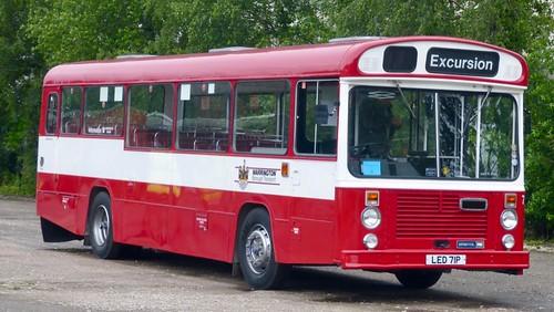 LED 71P 'Warrington Borough Council' No.71 Bristol RE / East Lancs on Dennis Basford's railsroadsrunways.blogspot.co.uk'
