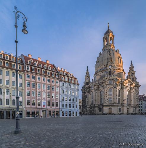 purple frauenkirche dresden morning landscape germany deutschland travel beautiful sunrise zeiss zeissdistagon nikond810 marketplace city europe