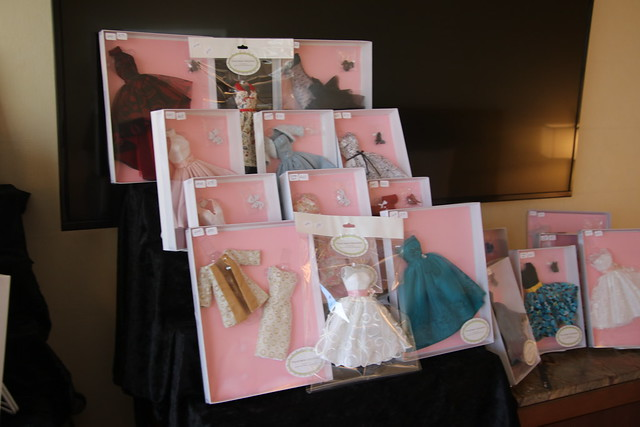 Paintbox Fashions (2019 Integrity Toys Convention - Baltimore, Maryland)