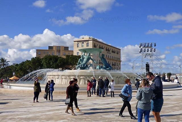 Cityscape : Triton Fountain, Valletta