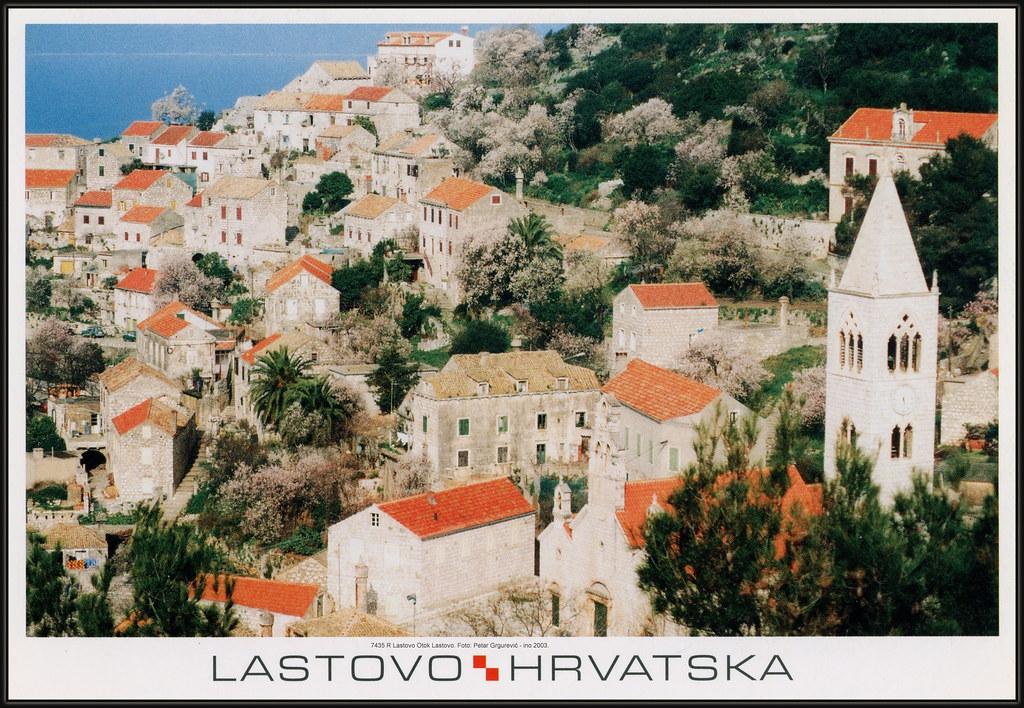 7435 R Lastovo Otok Lastovo. Razglednica. Foto: Petar Grgurević - ino 2003.