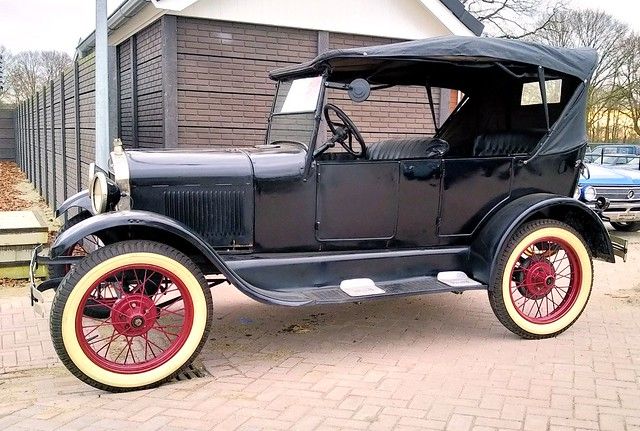 Ford Model-T 1927