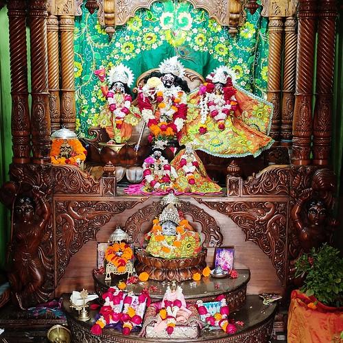 ISKCON Bhubaneswar Deity Darshan 06 Jan 2020