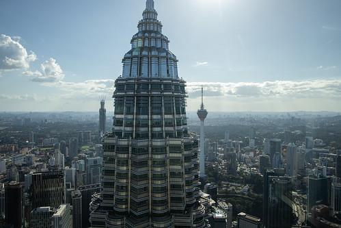 malaysia kualalumpur travel petronas petronastwintowers tour overview canon eosr