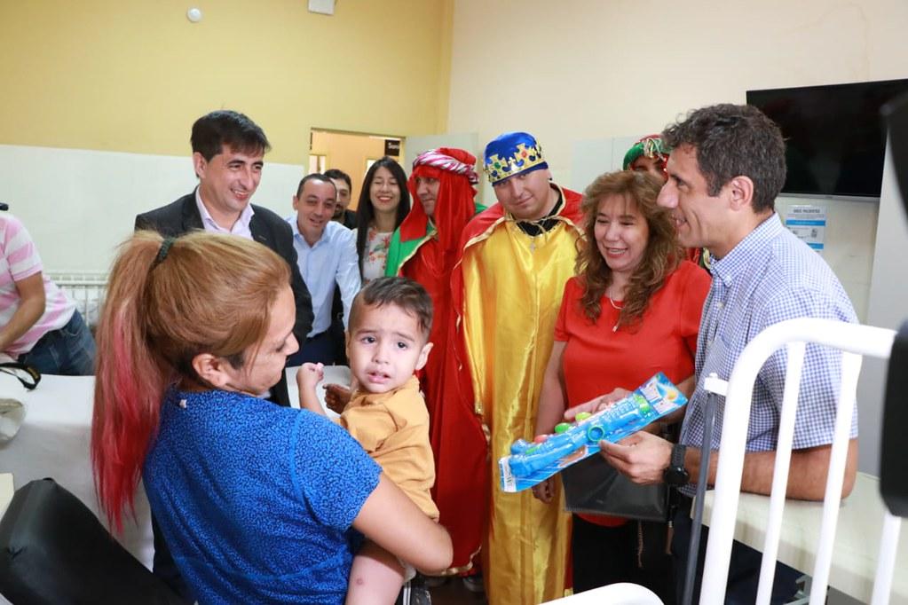 2020-01-06 DESARROLLO HUMANO: Visita Reyes Magos Hospitales Rawson y Marcial Quiroga