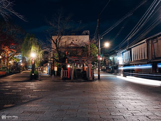悠然自在的巡遊:Fujifilm GFX 50R | 32