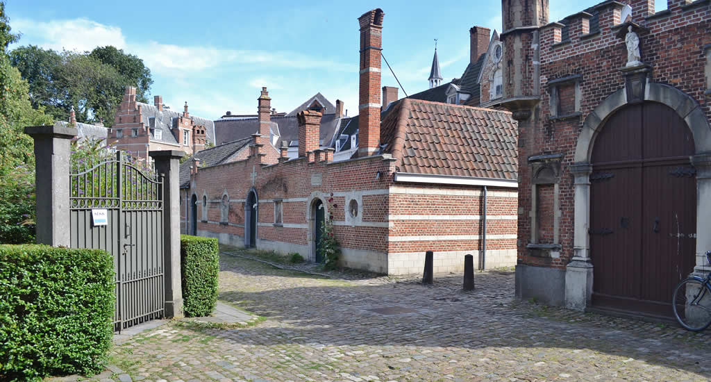 Bezienswaardigheden Antwerpen: Begijnhof | Mooistestedentrips.nl